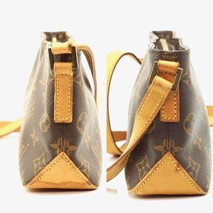 Louis Vuitton Bags - Auth Louis Vuitton Trotteur Crossbody #2721L24